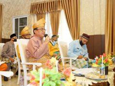 Bupati Inhil Drs HM Wardan MP saat menjadi Narasumber Diskusi Online dengan Sawit Watch melalui Zoom Meeting (Video Conference).