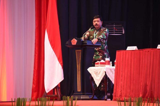 Panglima TNI Marsekal Hadi Tjahjanto membuka Rapat Pimpinan (Rapim) TNI 2021 di GOR Ahmad Yani Mabes TNI, Cilangkap, Jakarta Timur. (Foto: Puspen TNI)
